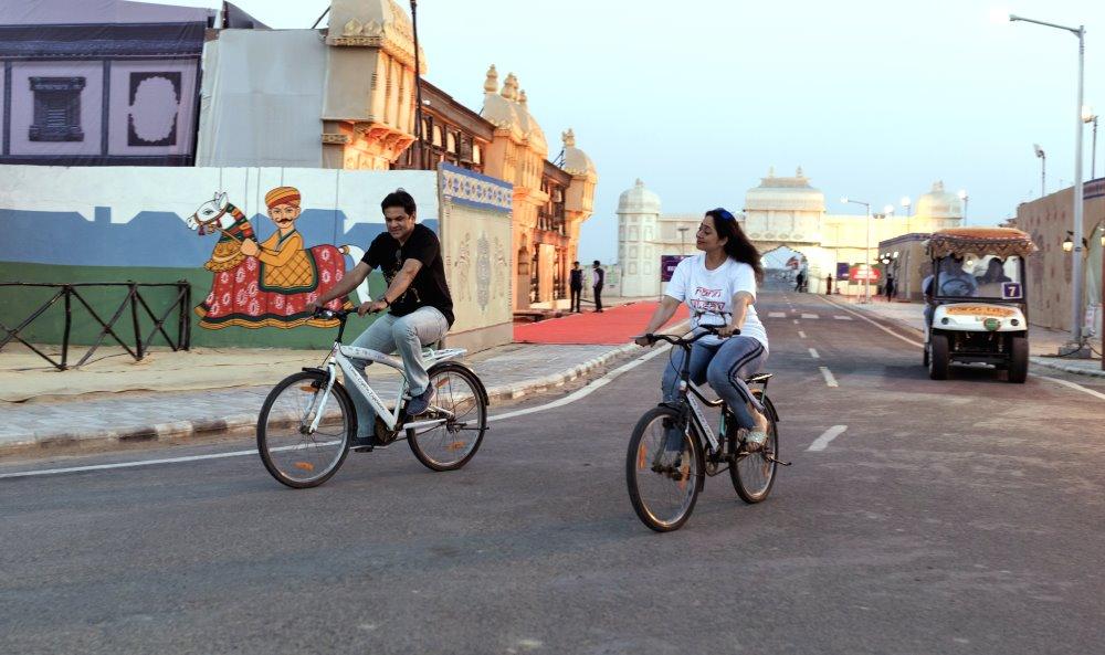 Free-Wheeling around the Rann - Cycling