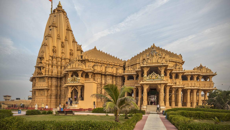 Gujarat Tow Jyotirlinga with Dwarka Tour Packages - Akshar Tours
